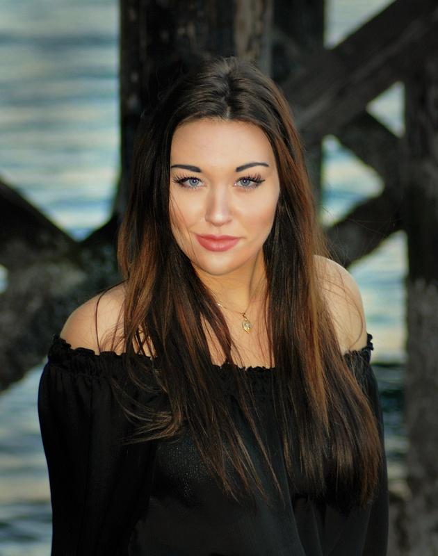 Cassandra Lane