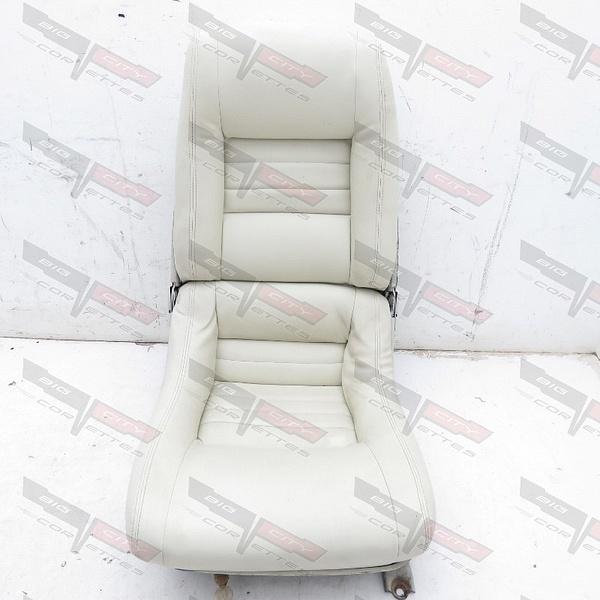 100565-4CST-OYS (15) by BigCity Corvettes