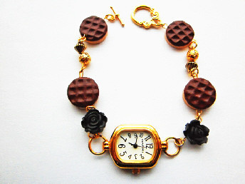 Digestive_Black_Rose_watch