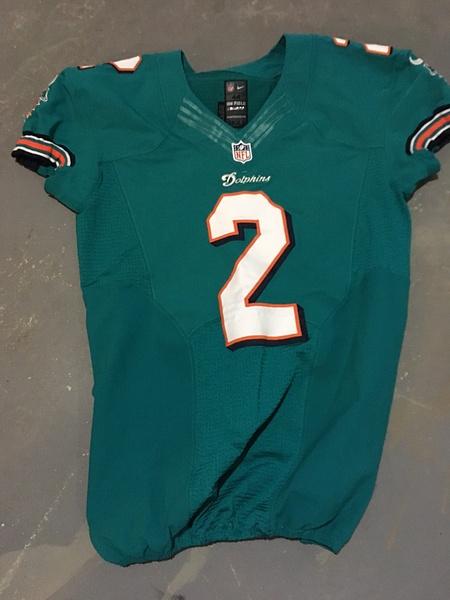 Brandon FIelds Miami Dolphins by JasonPerlman
