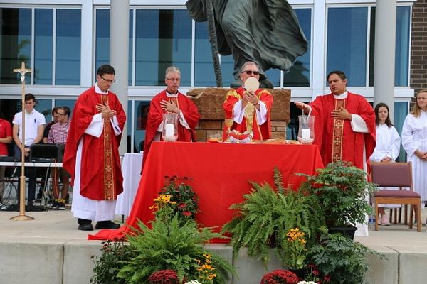 RJ1819 Mass of the Holy Spirit (120) by Regis Jesuit...