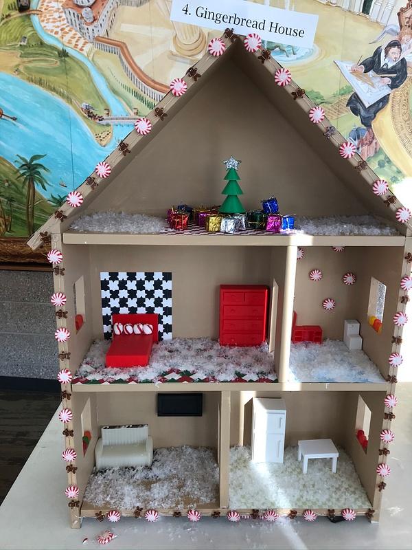 RJ1920 Geometry Tiny Tiny Houses - 4. Gingerbread House