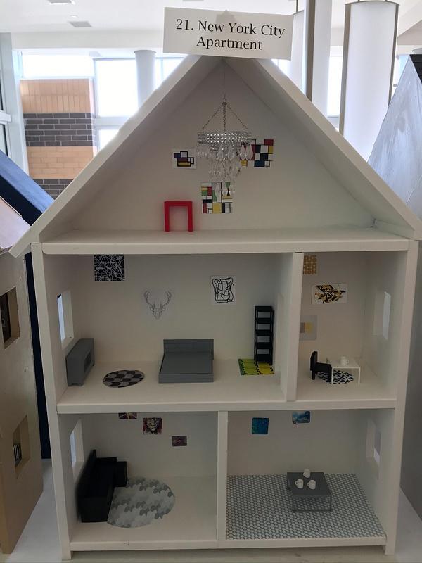 RJ1920 Geometry Tiny Tiny Houses - 21. New York City Apartment
