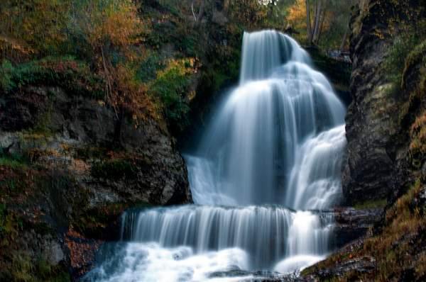 Delaware Water Gap. Dingman Falls
