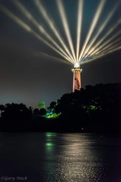 Jupiter Lighthouse Multi-Beams