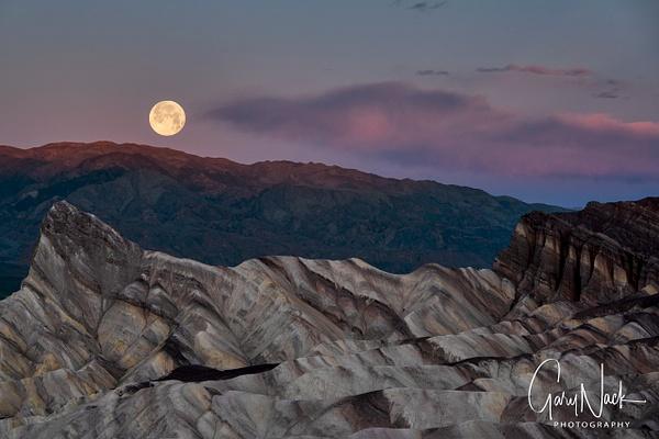 Moonset Zabriskie Point