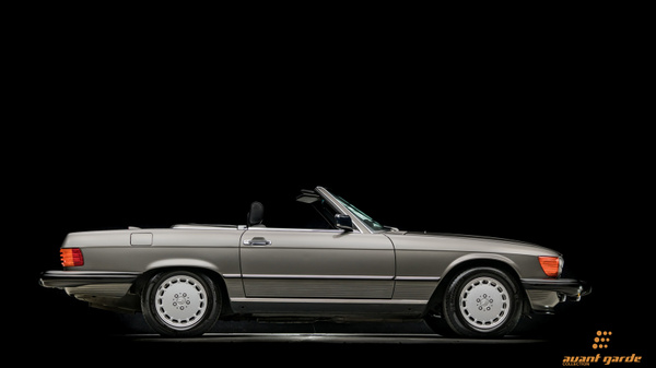 1986_Mercedes_560SL_A-GC.com-9 by Floschwalm