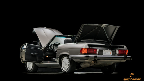 1986_Mercedes_560SL_A-GC.com-18 by Floschwalm