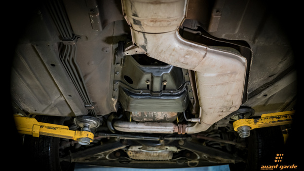 1986_Mercedes_560SL_A-GC.com-111 by Floschwalm
