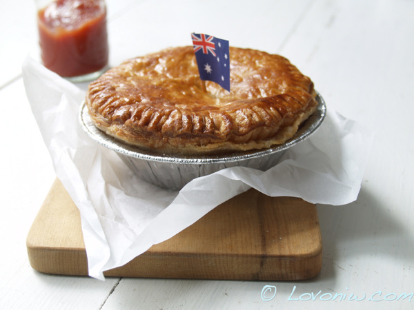 aussie-meat-pies by WenTay4