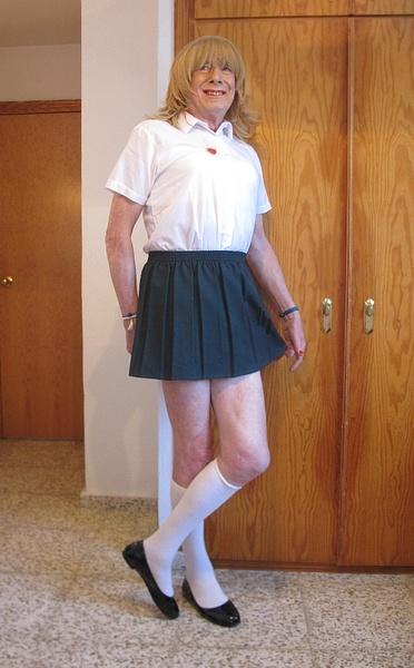 Schoolie in Green Skirt 7 by PhilipCooke