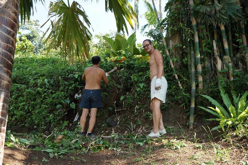Bali_Nov12_Gardeners