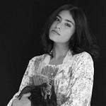P1_Flores_Creative Studio Portrait