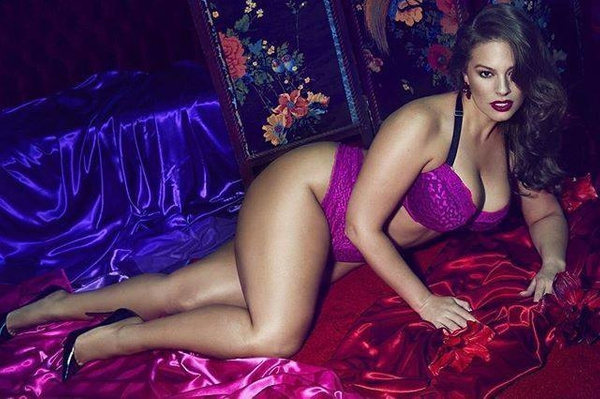 Ashley Graham Slayed in Lingerie plus size by HeiressSchaefer