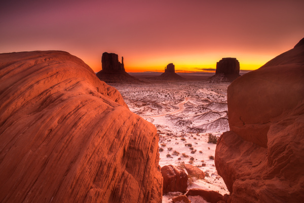 Monument Valley by MeetupPhoto