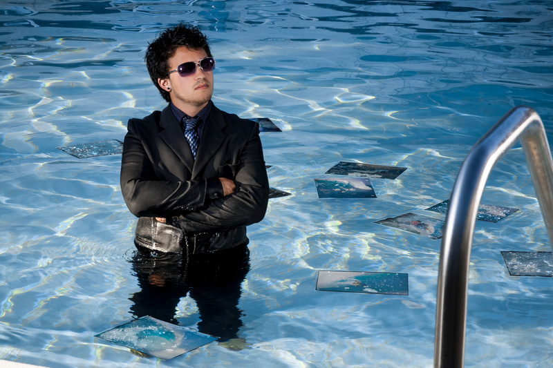 Pool_side_surf_dream