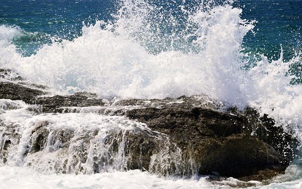 170509_greece_wave by HiddenrebelBass