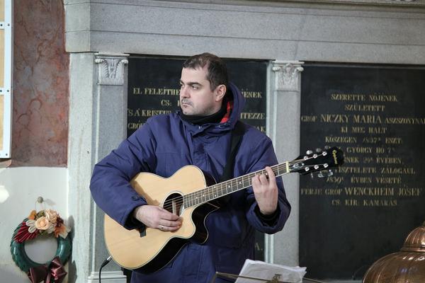 8 by Gyulai Plébánia