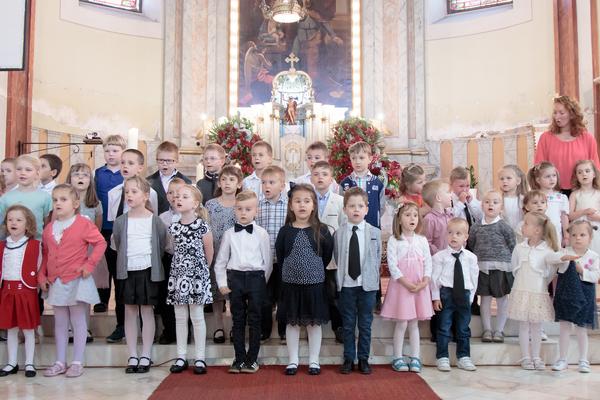 Anyák napja a Szent József templomban - 2018.05.06. by Gyulai Plébánia
