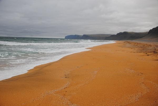 Rauðisandur Beach by Maria Dzeshchanka