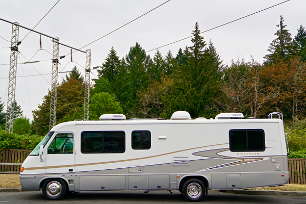 2002 Airstream Land Yacht 30 by Robert1 by Robert1