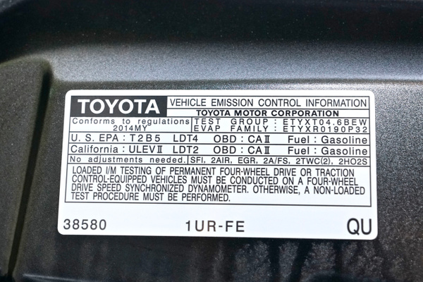 2014 Toyota Tundra CrewMax SR5 4WD by Robert1