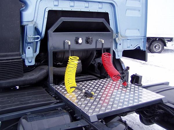 Nyerges vontató átalakítások by HevesPonyvaKft