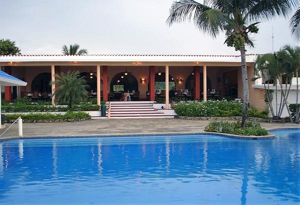 Eden Bay Resort (44) by CandidAlbum