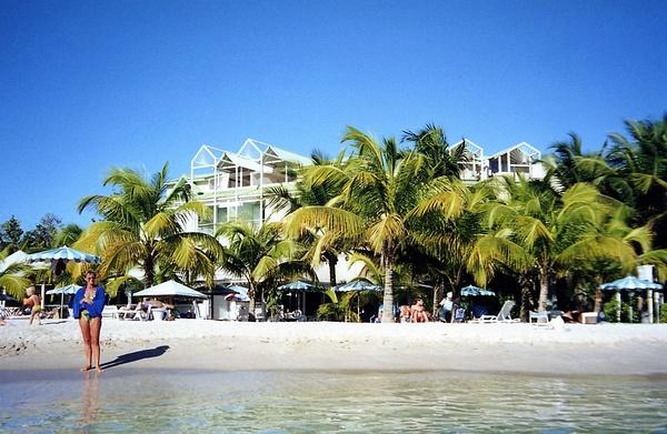 Guadeloupe (2) by CandidAlbum