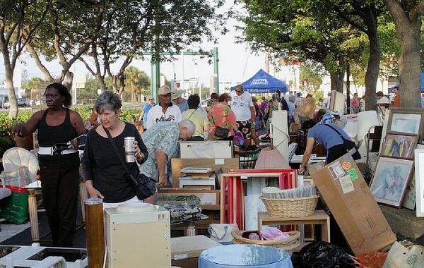 yard sale by Coldwell Banker Schmitt