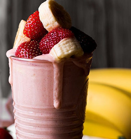 Maple-Hill_Strawberry-Kefir-Smoothie_05_web-e1517244494440 by VanessaKahn