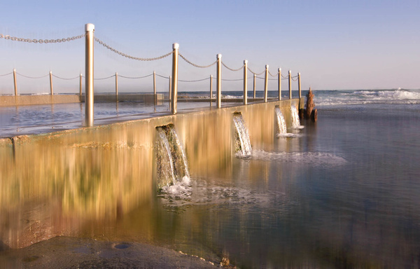 Mona Vale Pool by Brian Smith