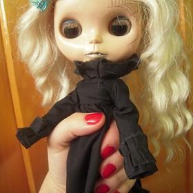 Ghost, custom Blythe doll