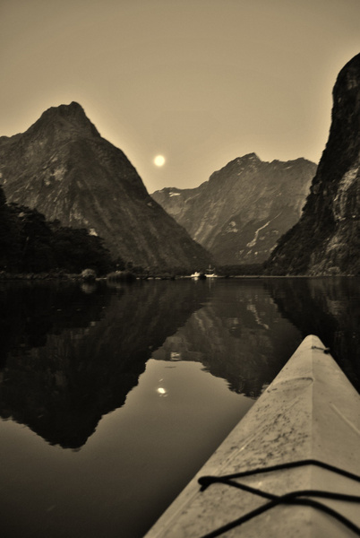 milford sound by Angelika