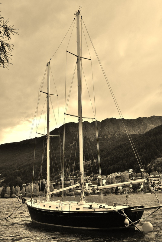 the boat. lake wakatipu