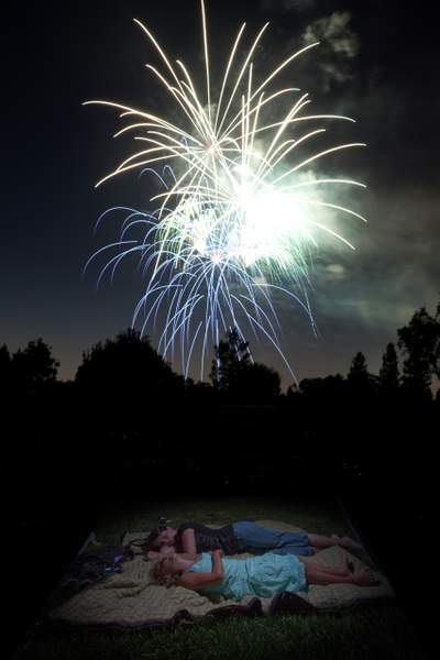 Big_Fireworks_-_cool_with_S_and_M