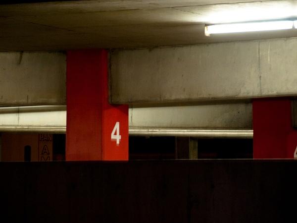 4 by flomojo77