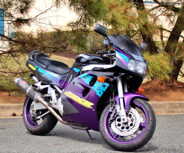1996 GSXR 1100 by autosales by autosales