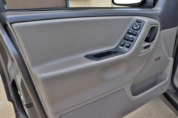 N 1999 Grand Cherokee by autosales