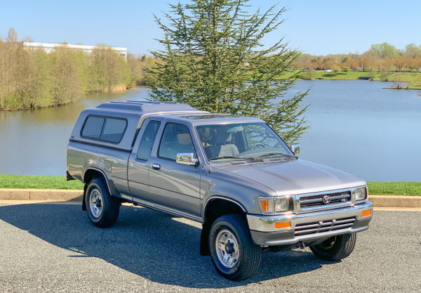 Toyota pickup by autosales