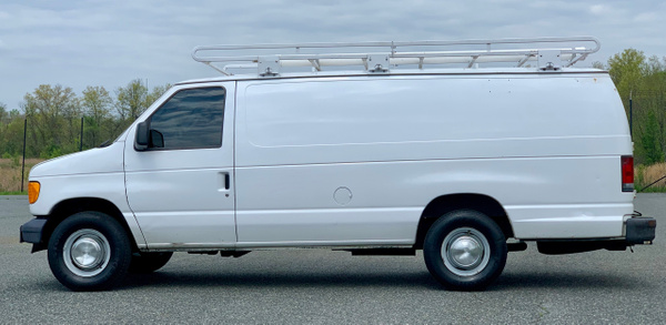 06 Econoline by autosales