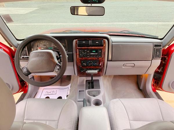 130A0B2F-5A30-446E-9BEA-D2257B1275A2 by autosales