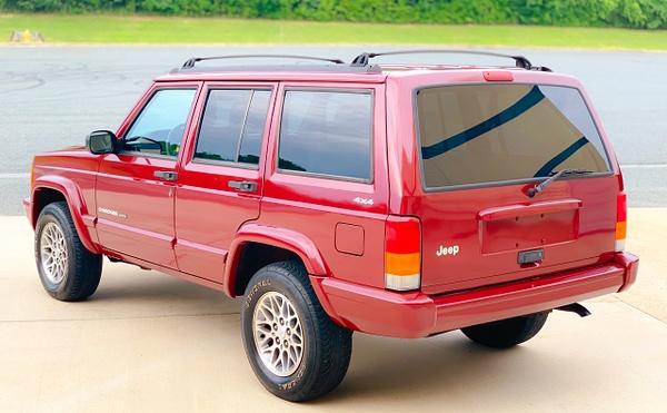 56157178-106E-4495-A5A0-E3A55BD61CD6 by autosales