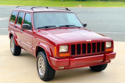 Red cherokee limited