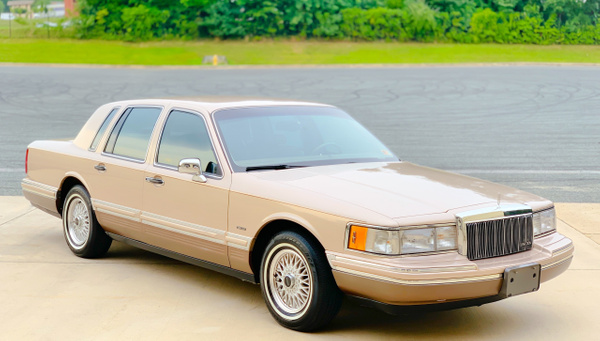 Towncar by autosales by autosales