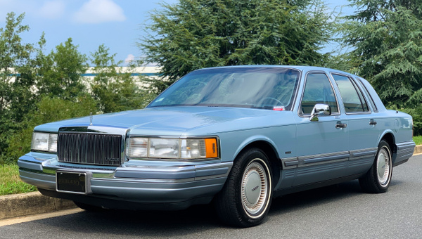Mar blue 1990 lincoln by autosales