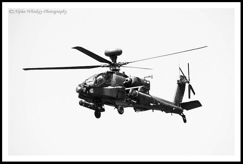 11 Apache Gunship