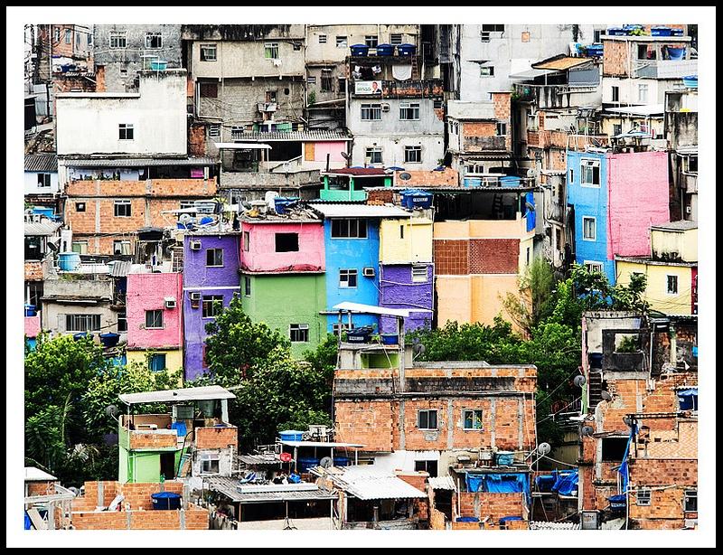 17 Favela