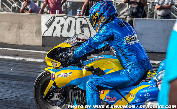 2014 AMRA Finals at Rockingham by Dragbike