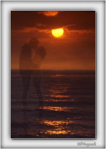 Sunset_Kiss_7_07_11_x_14 by Bill Hanyzewski
